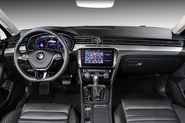 Volkswagen Passat 2018 (Foto: Divulgação)