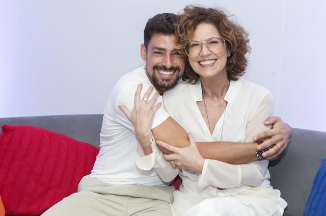 Cauã Reymond e Patrícia Pillar (Foto: Reginaldo Teixeira/TV Globo)