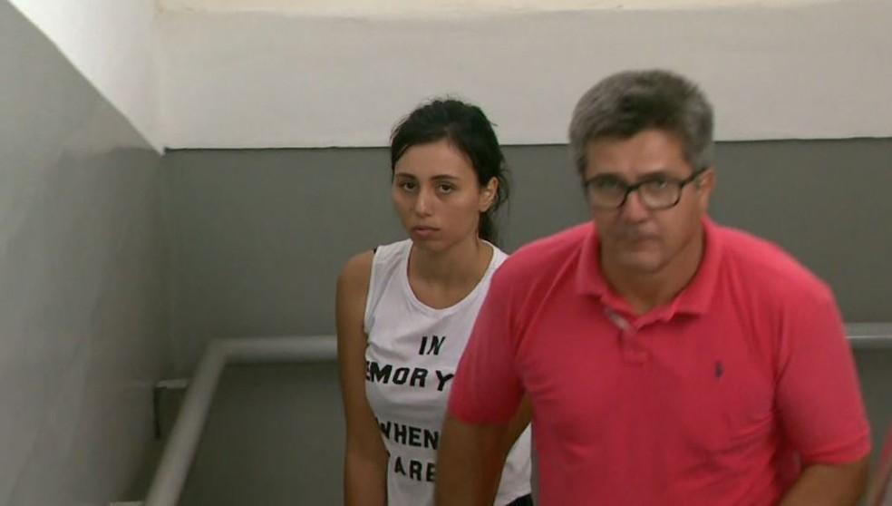 Lauany Viodres do Prado, de 21 anos, foi presa pelo assassinato de comerciante em Franca (Foto: Reprodução/EPTV )