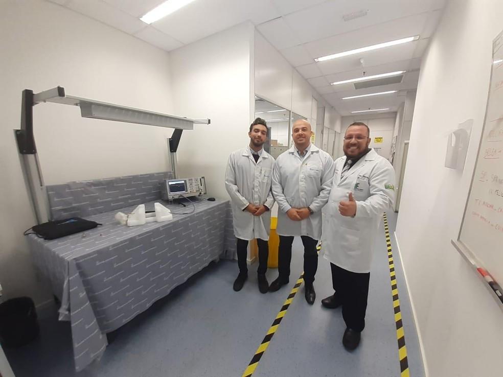 Jovem relata que foi incentivado a criar equipamento pelo professor em Cubatão, SP — Foto: Reprodução/Cubatão Mil Grau