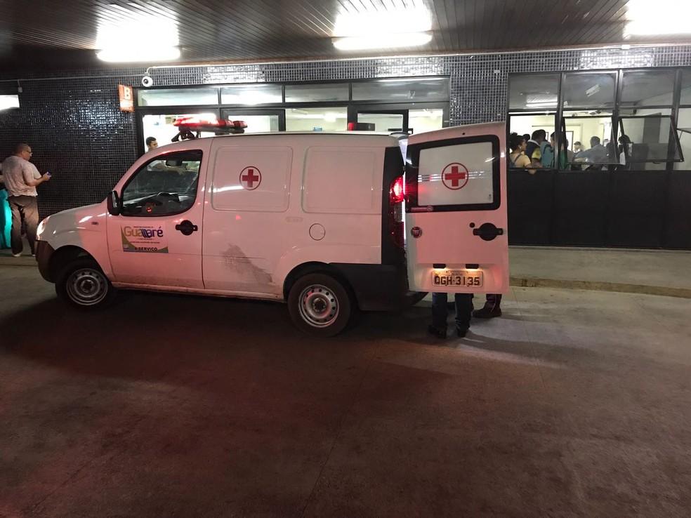 Universitária foi levada ao Hospital Walfredo Gurgel (Foto: Kleber Teixeira/Inter TV Cabugi)