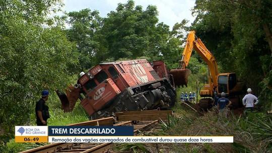 Locomotiva com vagões carregados de combustíveis descarrila em Cruz Alta