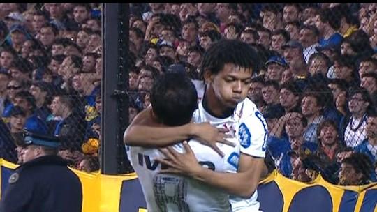 """No Mundial com o Al Jazira, Romarinho espera que corintianos """"adotem"""" a equipe"""