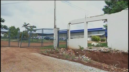 Incêndio atinge e destrói fábrica de papel higiênico em Itapeva
