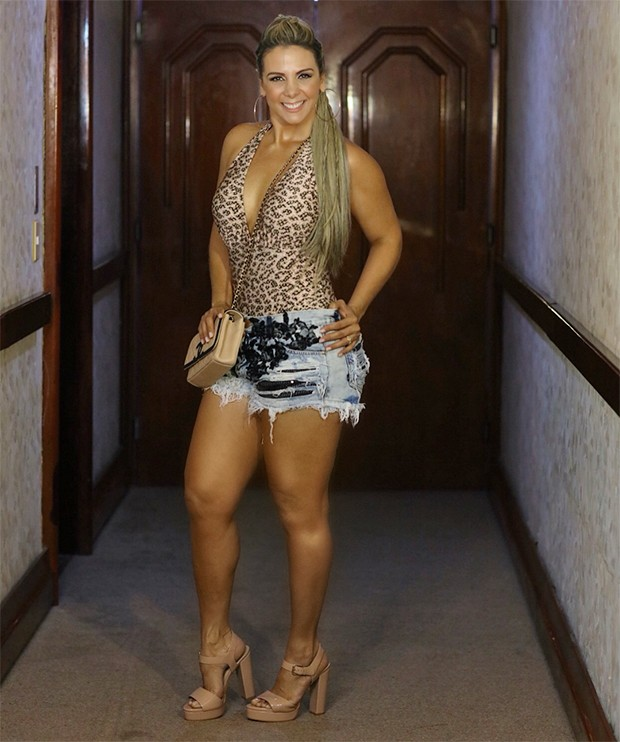 Ana Lucia Fernandes photos