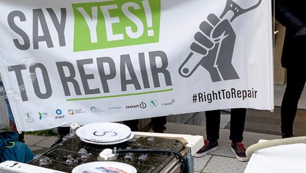 """Ganham espaço manifestações como essa nos Estados Unidos pelo """"direito ao reparo"""" (Foto: Gettyimages)"""