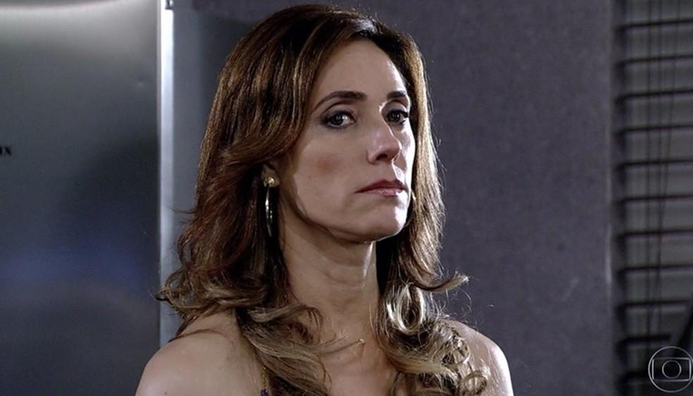 Joana descobre armação de Tereza Cristina em 'Fina Estampa' — Foto: Globo