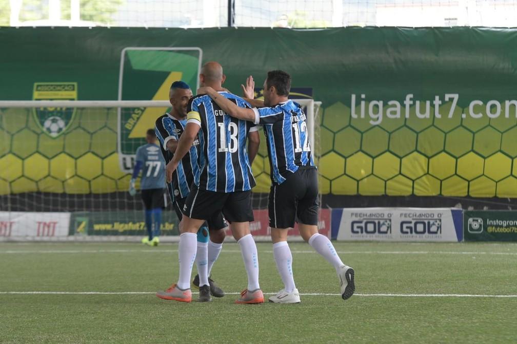 Falcão estreia no time de futebol 7 do Grêmio — Foto:  Luciano Maciel/Divulgação