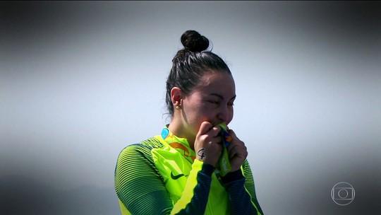 De aposentadoria a sonho de recorde: como estão os medalhistas da Rio 2016