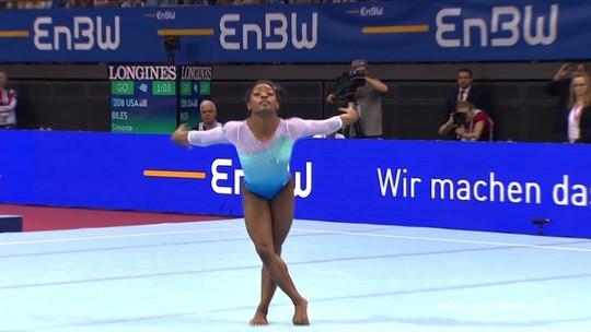 Simone Biles é ouro na etapa de Stuttgart da Copa do Mundo