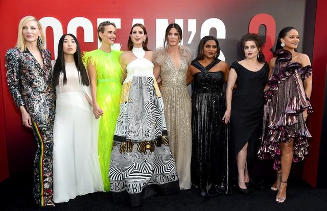 O elenco de Oito Mulheres e um Segredo na pré-estreia do filme em Nova York (Foto: Getty Images)