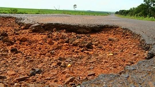 Duas rodovias em Goiás estão entre as 5 piores do país, diz CNT