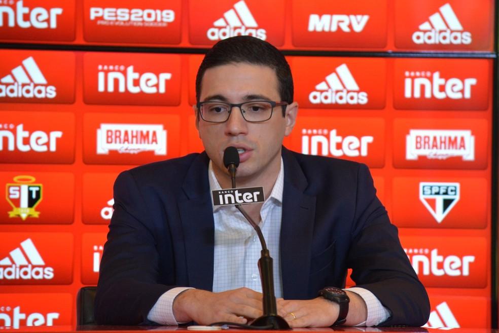 Gerente executivo de futebol Alexandre Pássaro  — Foto: Érico Leonan/saopaulofc.net
