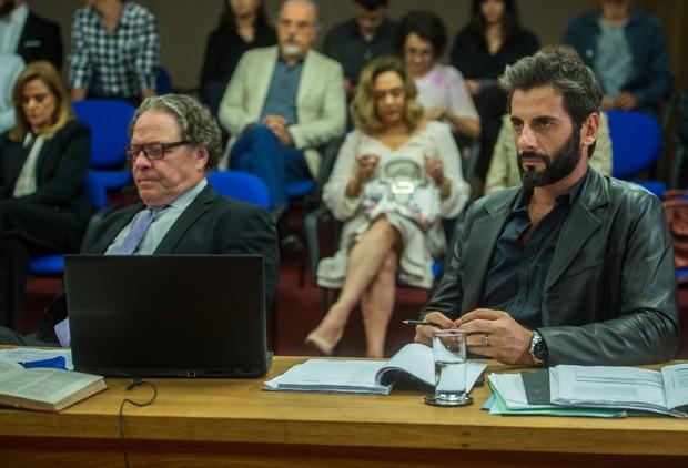 Flávio Tolezani em cena de O Outro Lado do Paraíso (Foto: Globo/Raquel Cunha)