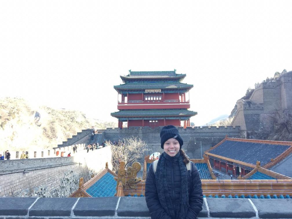 Aluna conheceu pontos turísticos da China  — Foto: Reprodução/Acervo pessoal