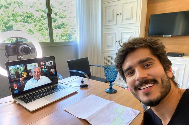 Bruno Barros entrevista Mauricio de Sousa (Foto: Divulgação/TV Brasil)