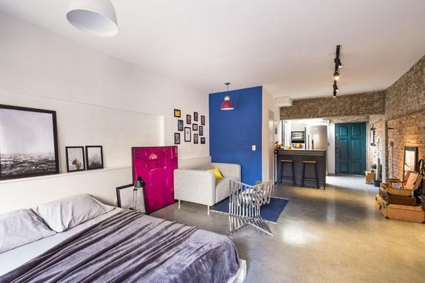Um apartamento pequeno com estilo industrial em Porto Alegre (Foto: Ricardo Jaeger)