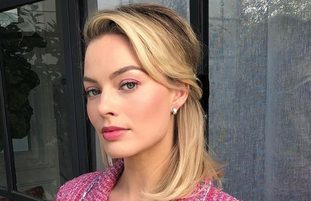 O make rosinha de Margot Robbie (Foto: Instagram Bryce Scarlett/ Reprodução)