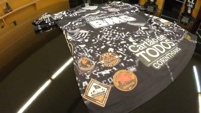 Terceira camisa do Corinthians