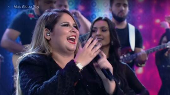 Marília Mendonça faz discurso empoderado, recebe aplausos da plateia e elogios de Faustão