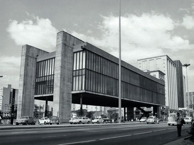 Masp faz seminário sobre os 50 anos de seu prédio na Paulista, de Lina Bo Bardi (Foto: Luiz Ossaka )
