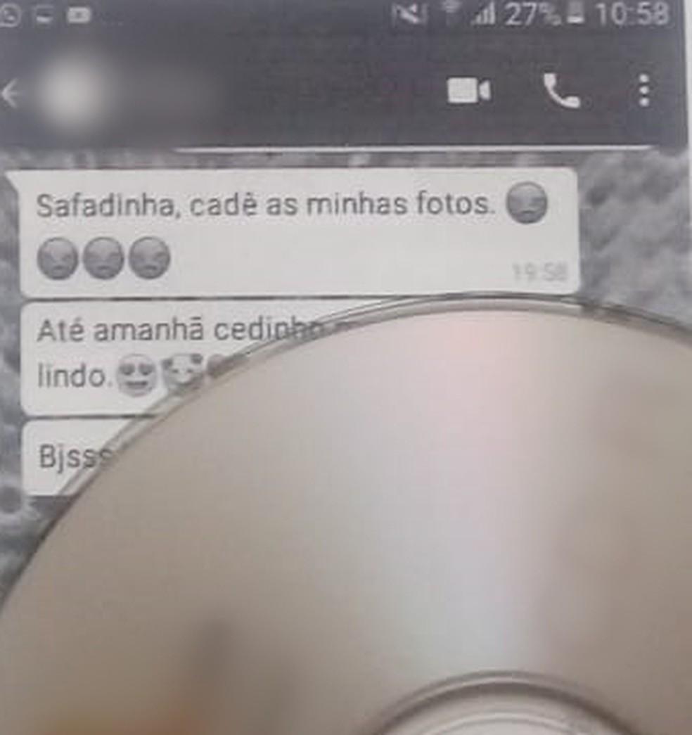 Foto mostra mensagens enviadas pelo professor para o WhatsApp da menina  — Foto: Reprodução/Arquivo Pessoal