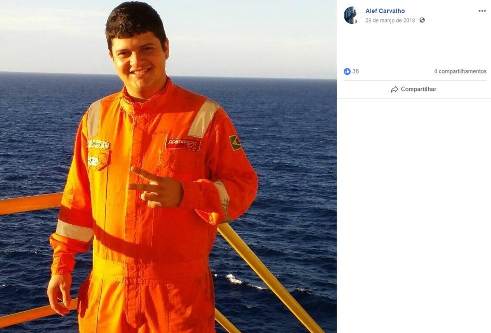 Alef Carvalho de Oliveira, 25 anos, é de Minas Gerais e está entre as vítimas do acidente — Foto: Reprodução/Facebook