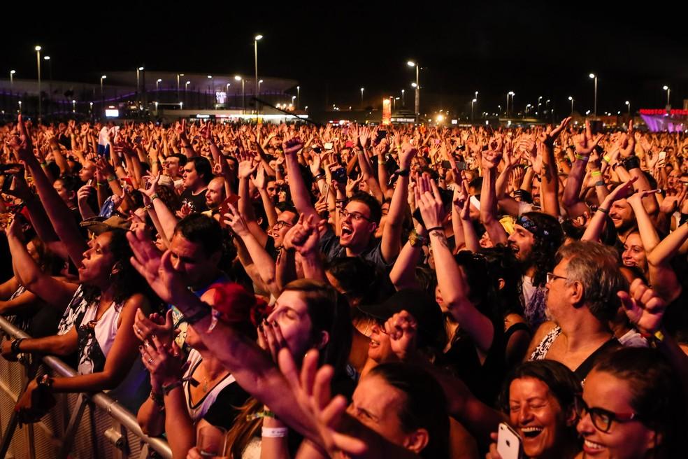 Público no show da Nação Zumbi e Ney Matogrosso no Rock in Rio. (Foto: Fábio Tito / G1)