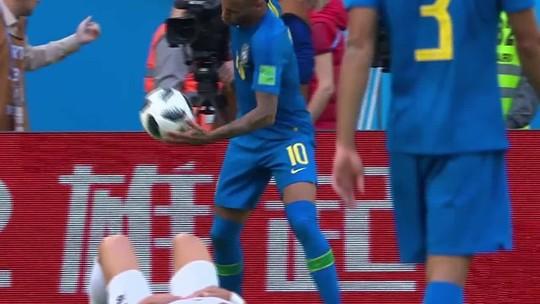 Neymar xinga muito durante o jogo com a Costa Rica; assista