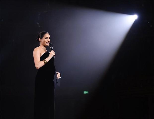 Meghan Markle no Fashion Awards (Foto: Instagram / Fashion Awards)