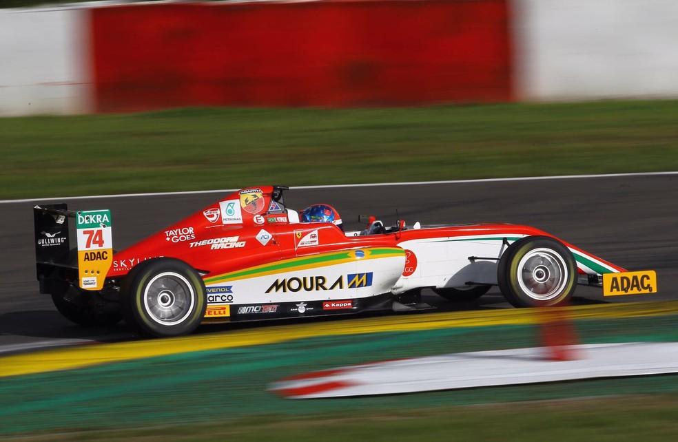 Enzo Fittipaldi, piloto da Academia da Ferrari, foi o mais rápido nos testes da F4 (Foto: Divulgação/Prema)