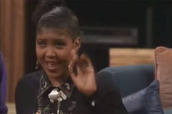 A filha de Bill Coby Ensa em cena do seriado The Cosby Show (Foto: Reprodução)