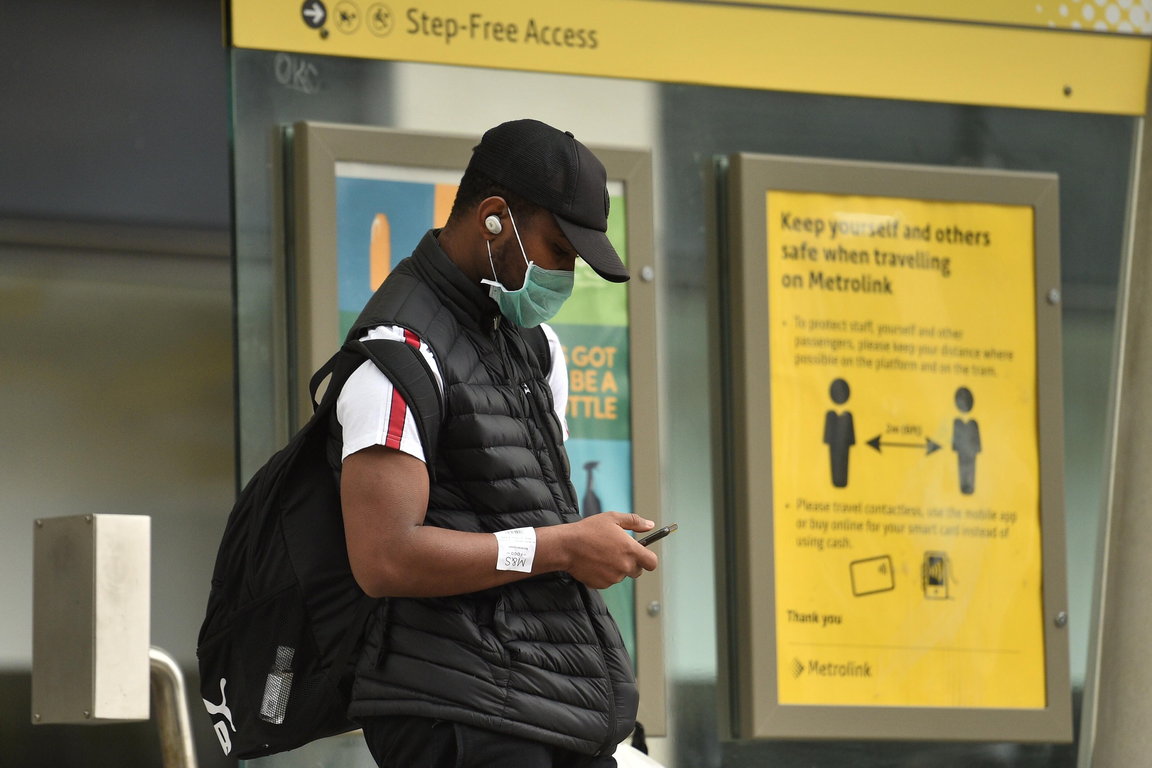 OMS divulga novas orientações para uso e fabricação de máscaras de pano contra a Covid-19