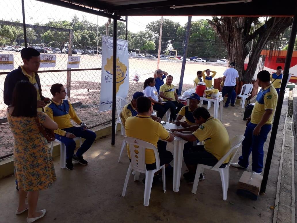 Após 5 dias, funcionários dos Correios no Amapá suspendem greve  - Notícias - Plantão Diário