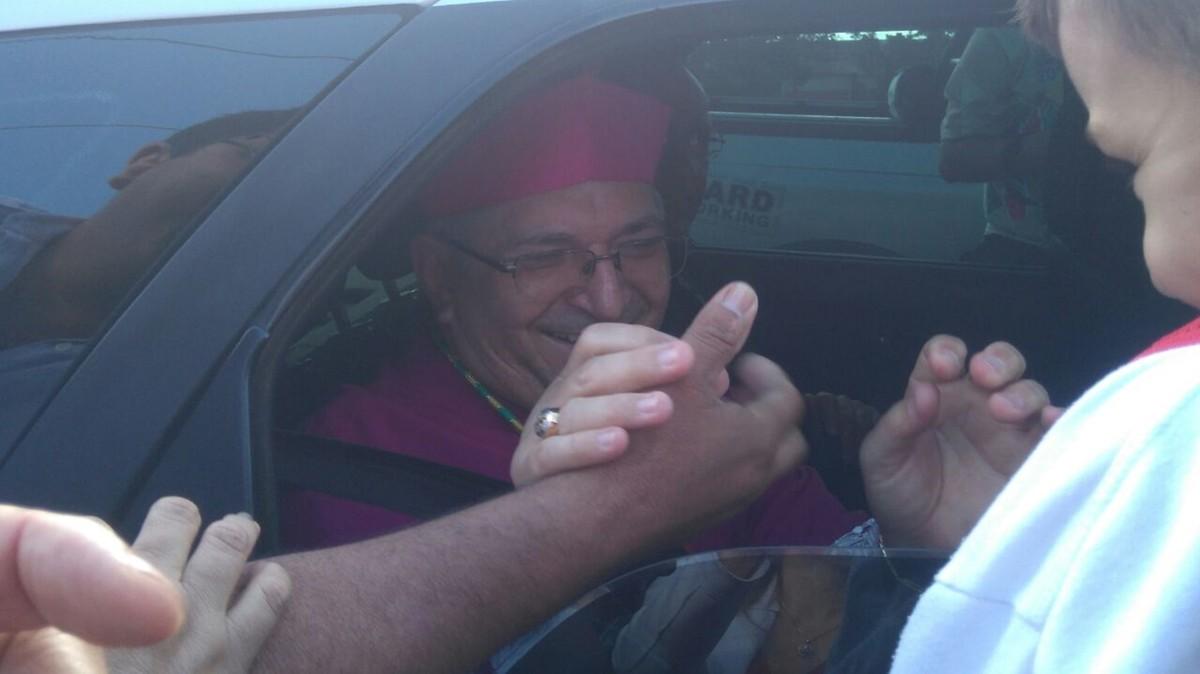 Dom Dulcêncio Fontes toma posse como novo bispo de Campina Grande