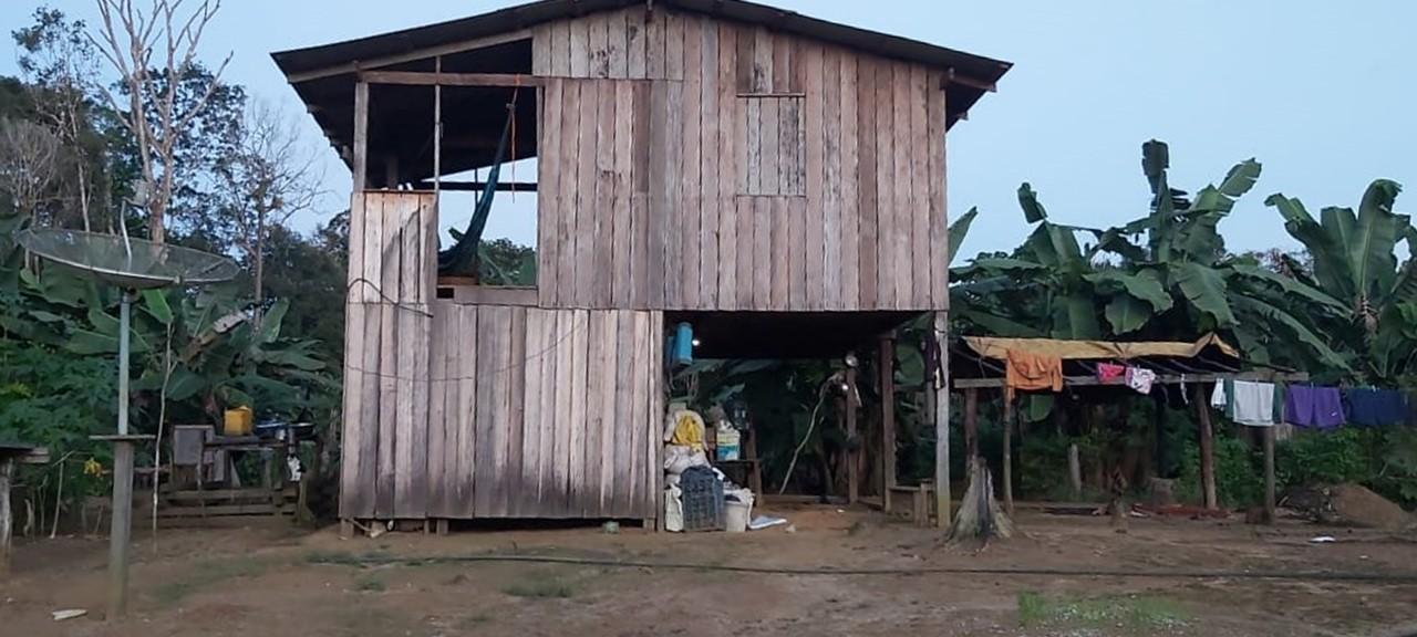 Homem é encontrado morto em área rural no AP; filhos e nora sumiram após o crime