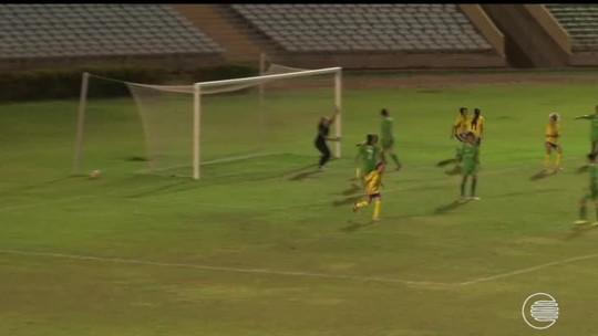 Tiradentes-PI estreia no sufoco e vence no Piauiense feminino; Abelhas Rainhas vencem por 3 a 2