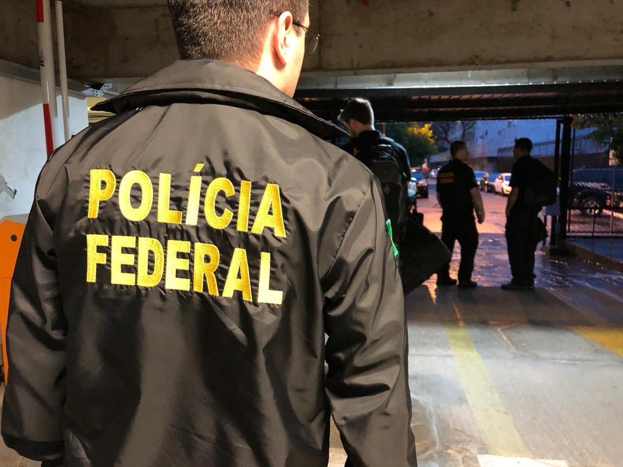 PF prende suspeitos de movimentar R$ 40 milhões por dia em instituição financeira ilegal de São Leopoldo - Notícias - Plantão Diário