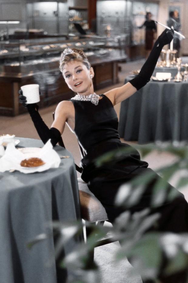 Audrey Hepburn em Bonequinha de Luxo (1961) (Foto: Getty Images)