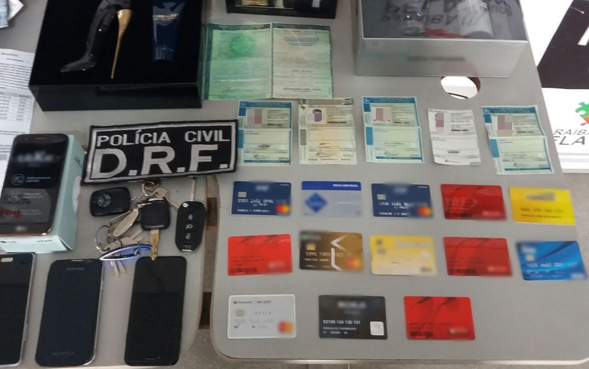 Polícia prende dupla suspeita de usar 'Corel Draw' para fraudes na PB, PE e AL