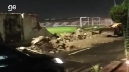 Muro da Arena Ytacoatiara, em Piripiri, desaba após chuva; vídeo