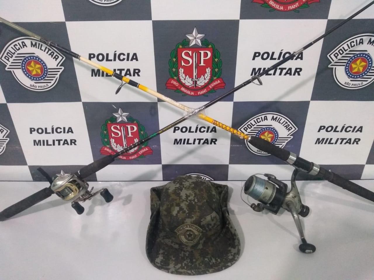 Polícia Ambiental flagra dois homens pescando em local proibido no Rio Paraná