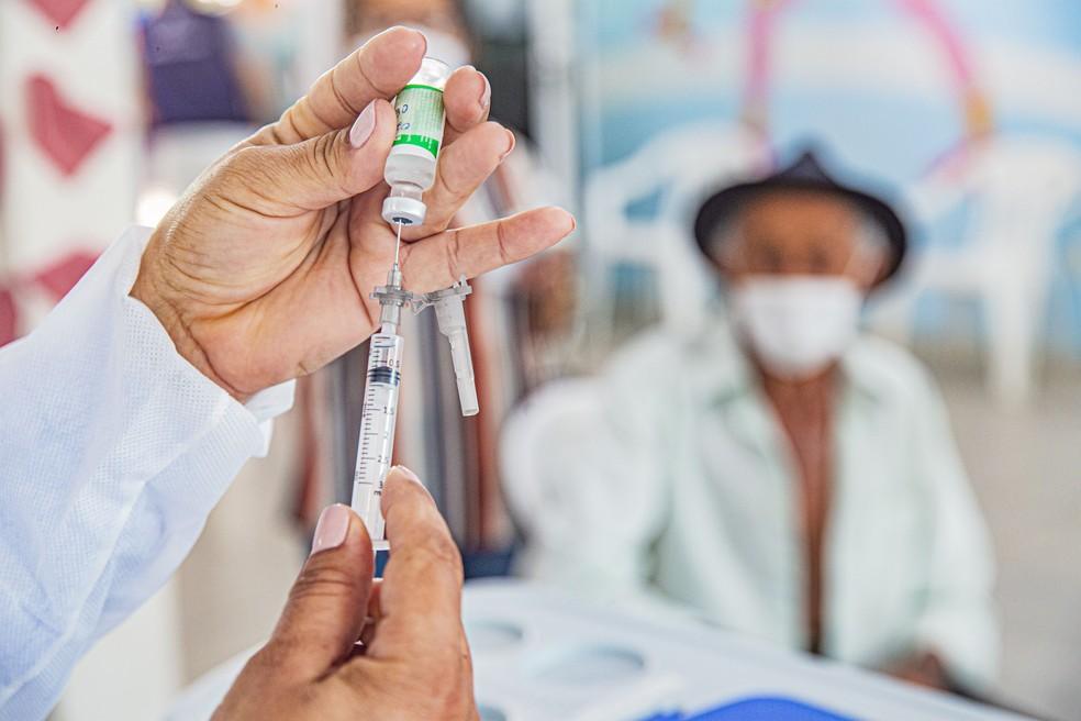 Mais 2.830 doses de vacina contra a Covid-19 chegaram a Petrolina nesta  quinta-feira (4)   Petrolina e Região   G1