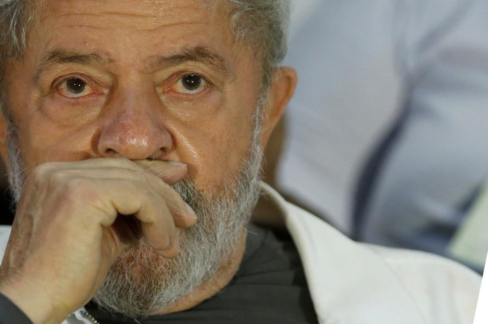 Lula é acusado na Operação Lava Jato de receber um apartamento em São Bernardo do Campo como propina da Odebrecht em troca de contratos com a Petrobras (Foto: Adriano Machado/Reuters)