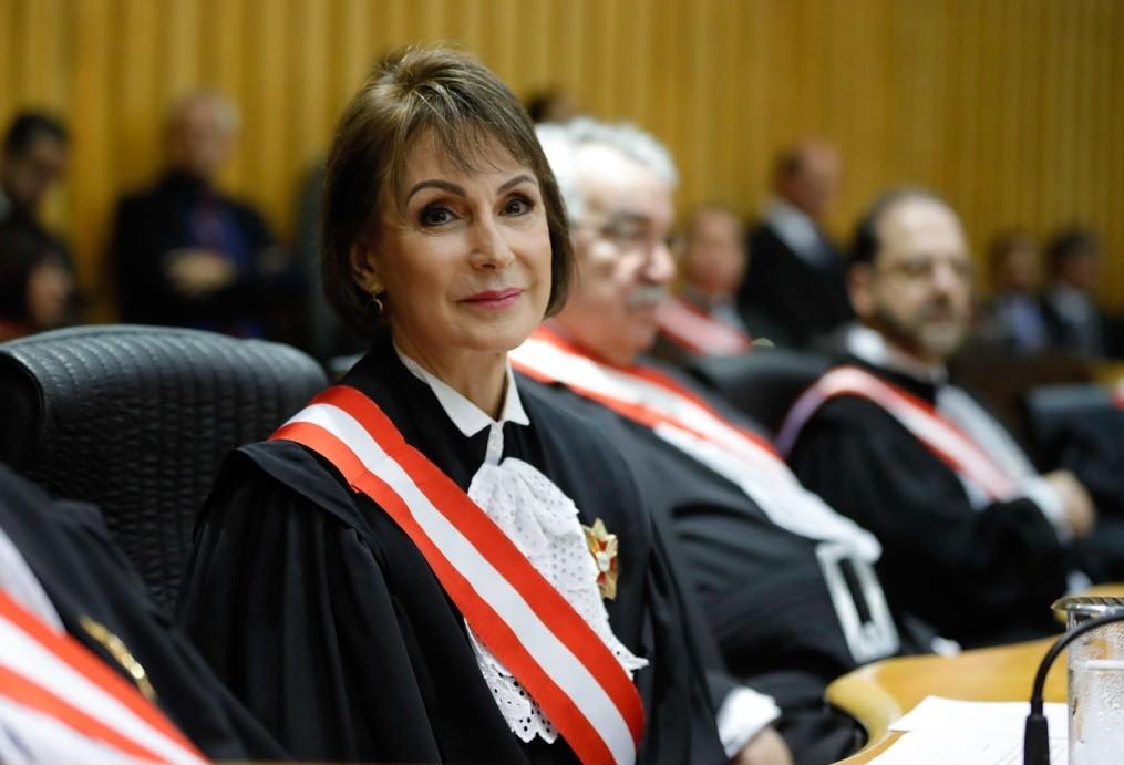 Internada com Covid-19 em SP, presidente do TST passa bem e tem quadro de saúde estável, diz tribunal