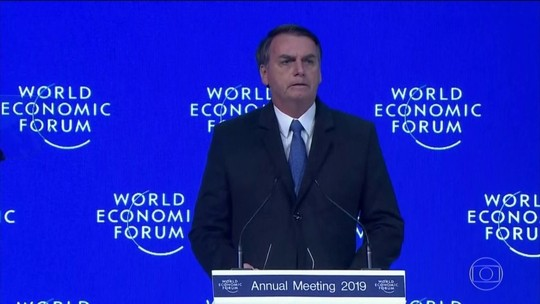 Em Davos, Bolsonaro defende abrir economia, promete privatizações e não detalha reformas