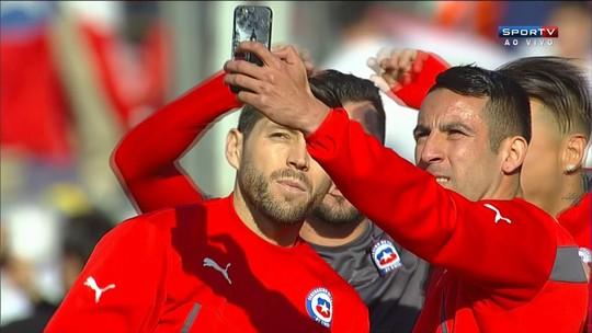 Jogadores do Chile fazem selfie antes da final da Copa América