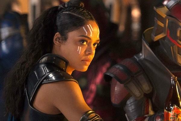 A atriz Tessa Thompson como Valquíria em Thor: Ragnarok (Foto: Divulgação)