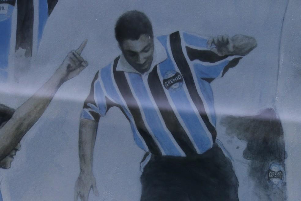 Roger Machado está eternizado em um painel na Arena (Foto: Eduardo Moura/GloboEsporte.com)