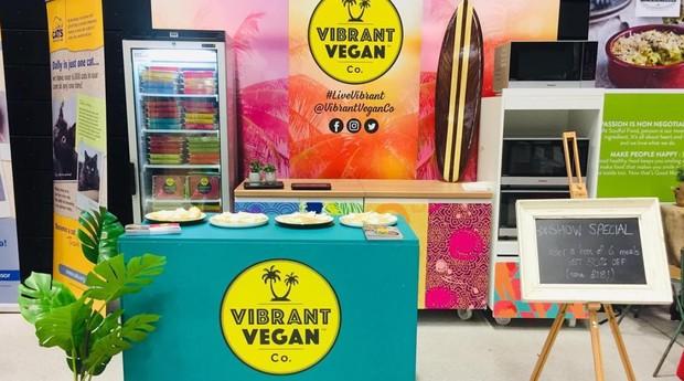 O candidato escolhido pela Vibrant Vegan para a vaga precisará ter no mínimo 3 anos de experiência no ramo alimentício. (Foto: Divulgação)